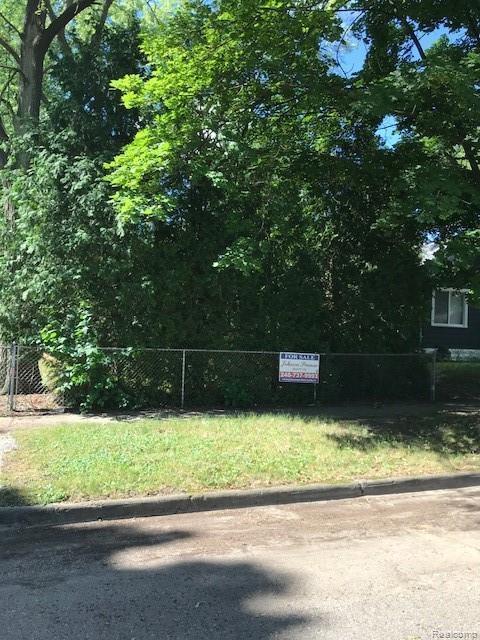 324 E Princeton, Pontiac, MI 48340 (#219064388) :: The Buckley Jolley Real Estate Team