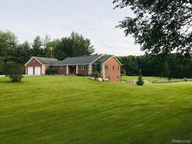 8302 Shaw Road, Goodland Twp, MI 48444 (#219064830) :: Alan Brown Group