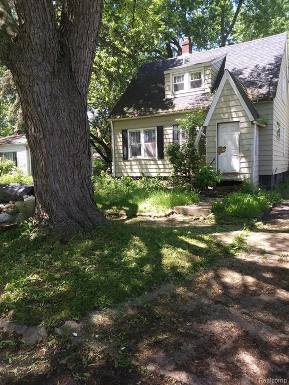 2433 Torrance Avenue, Flint, MI 48506 (#219065619) :: The Mulvihill Group