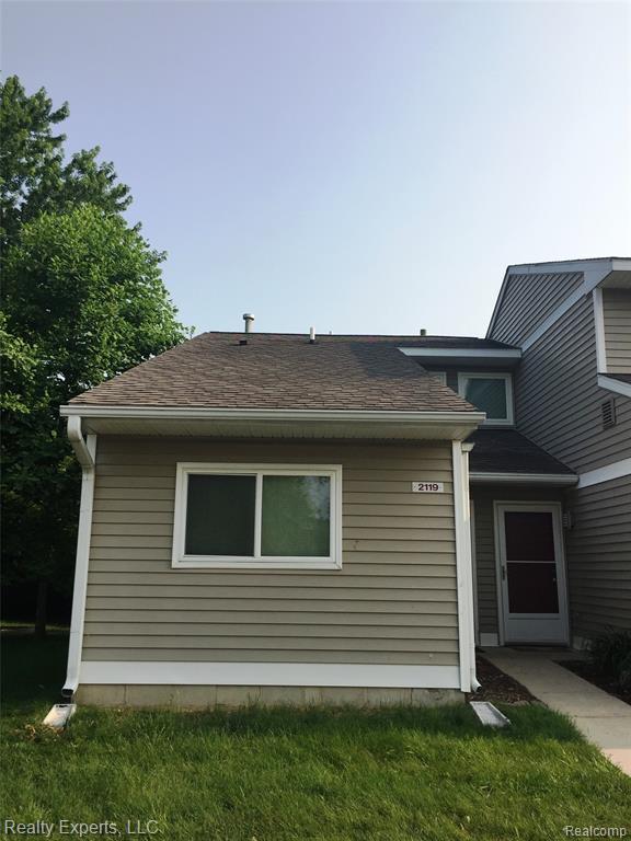 2119 Stone School Circle, Ann Arbor, MI 48108 (#219067247) :: The Buckley Jolley Real Estate Team