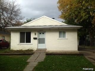 315 E Elza Avenue, Hazel Park, MI 48030 (#219067588) :: The Buckley Jolley Real Estate Team