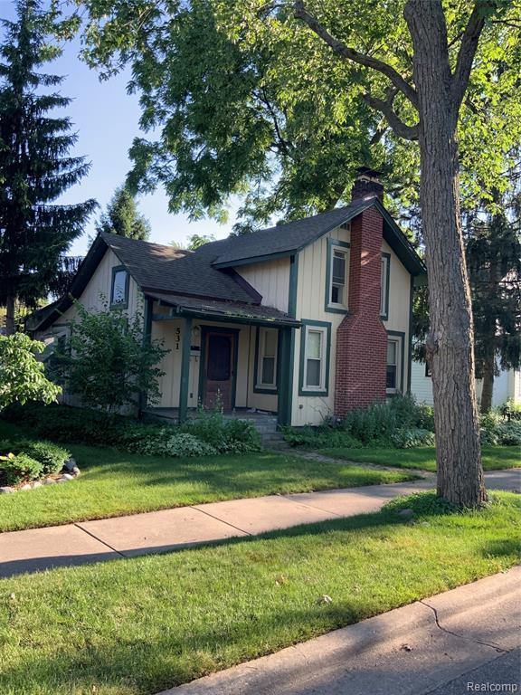 531 Harrison Street, Rochester, MI 48307 (#219067875) :: The Alex Nugent Team | Real Estate One
