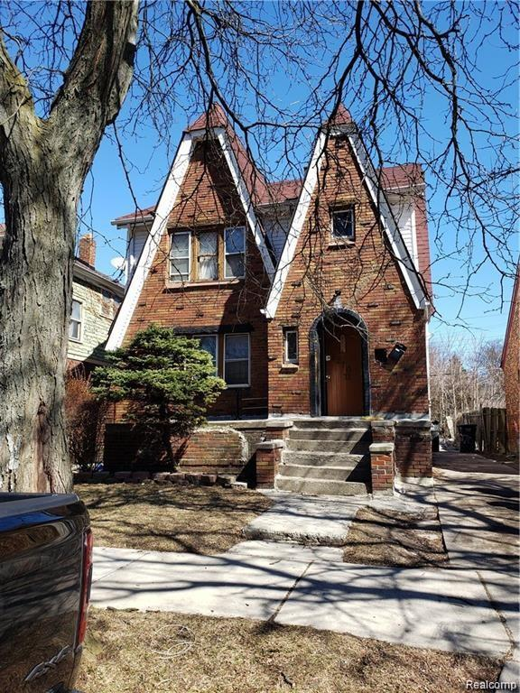 5270 Drexel Street, Detroit, MI 48213 (#219067903) :: The Buckley Jolley Real Estate Team