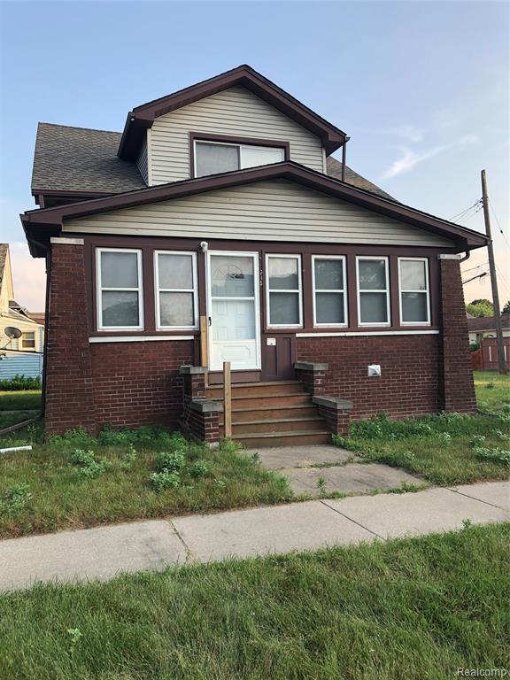 315 Cherry Street, Wyandotte, MI 48192 (#219067983) :: The Mulvihill Group