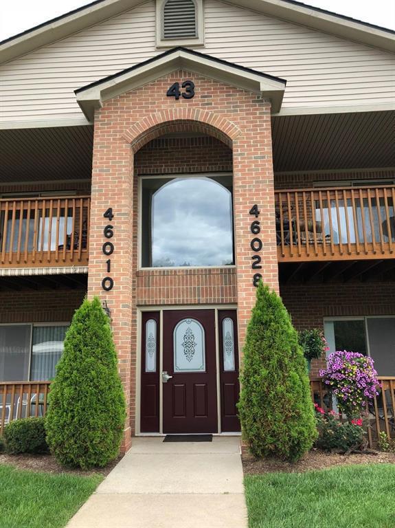46028 Purple Sage Court #5, Belleville, MI 48111 (MLS #543267035) :: The Toth Team