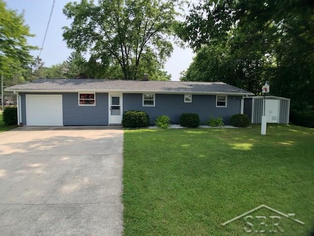 5346 Oakridge Dr, Tobacco Twp, MI 48612 (#61031386866) :: Alan Brown Group