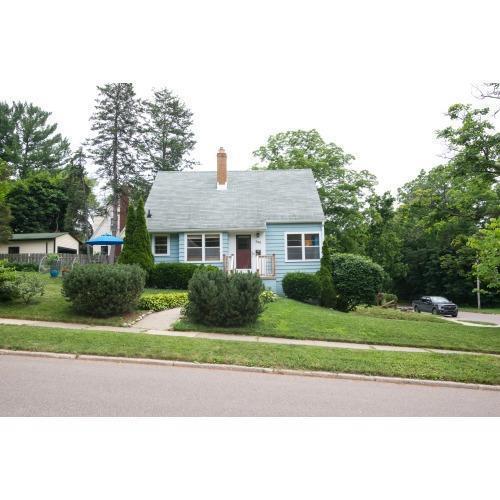 300 Wilton, Ann Arbor, MI 48103 (MLS #543267064) :: The Toth Team
