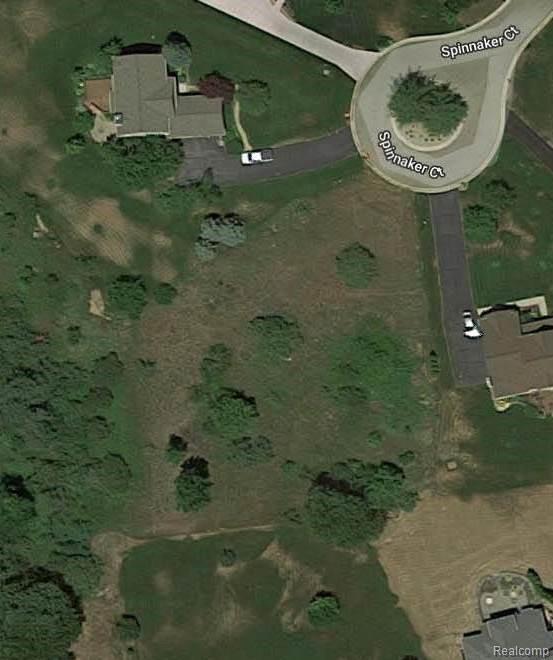 0000 Spinnaker Court, Highland Twp, MI 48356 (MLS #219069106) :: The Toth Team