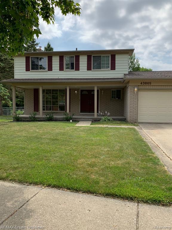 43865 Candlewood Drive, Canton Twp, MI 48187 (MLS #219069749) :: The Toth Team