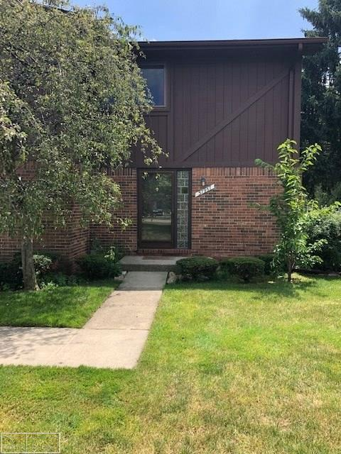 37957 Joyce Drive #1, Sterling Heights, MI 48312 (#58031387324) :: The Mulvihill Group