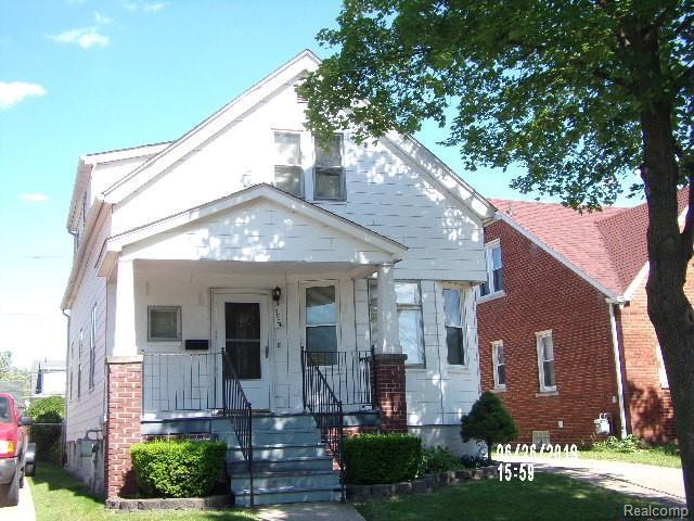 5504 Bingham Street, Dearborn, MI 48126 (#219070228) :: The Mulvihill Group
