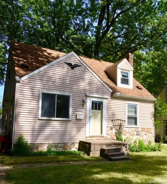 3912 Thomas Avenue, Berkley, MI 48072 (MLS #219070560) :: The Toth Team