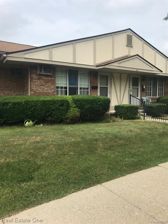 61334 Heritage Boulevard Unit 7, South Lyon, MI 48178 (#219070567) :: Duneske Real Estate Advisors