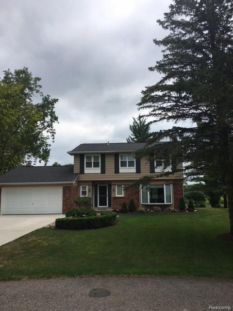 2707 Wareing Drive, Orion Twp, MI 48360 (MLS #219070845) :: The Toth Team