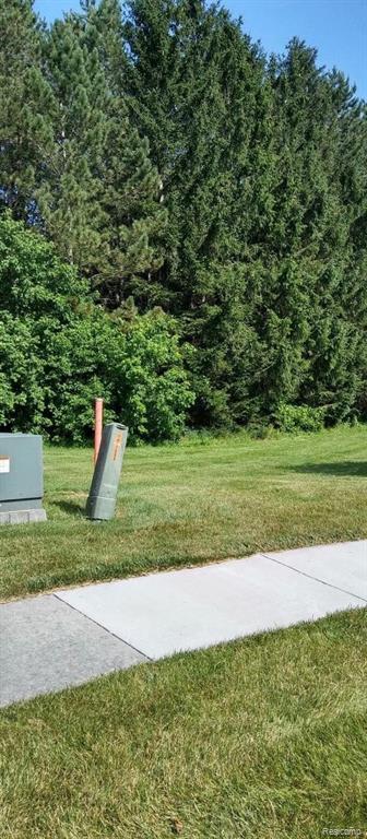 000 Pinetree, Davison, MI 48423 (MLS #219070951) :: The Toth Team