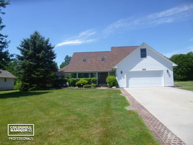 3410 Evergreen, East China Twp, MI 48054 (MLS #58031388019) :: The Toth Team