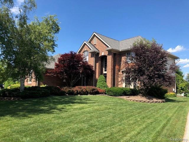 291 Highlands Drive, Canton Twp, MI 48188 (#219073546) :: RE/MAX Classic