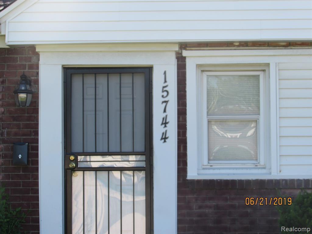 15744 Southfield - Photo 1
