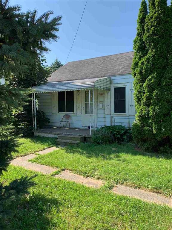 3232 Dakota, Flint, MI 48506 (#5031388492) :: The Buckley Jolley Real Estate Team
