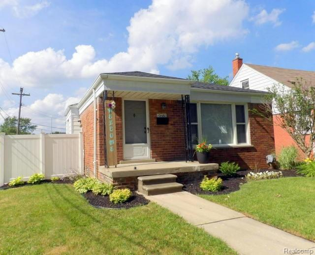 13180 Orange Street, Southgate, MI 48195 (#219074859) :: RE/MAX Classic