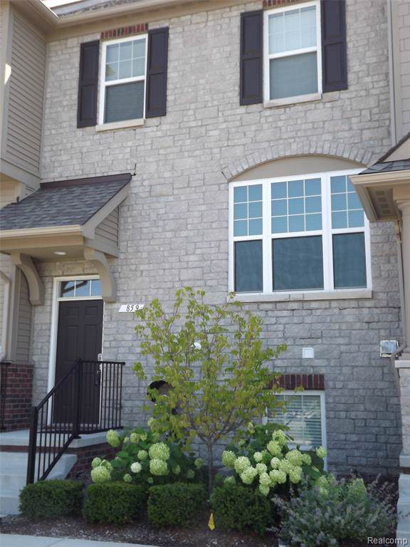 859 Barclay Circle #16, Rochester Hills, MI 48307 (#219078641) :: RE/MAX Nexus