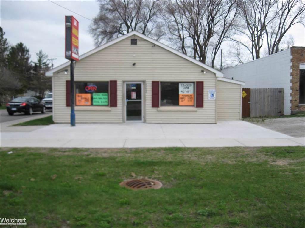 3282 Auburn Road - Photo 1