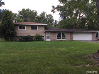 4871 Irwindale Drive, Waterford Twp, MI 48328 (#219081661) :: RE/MAX Classic