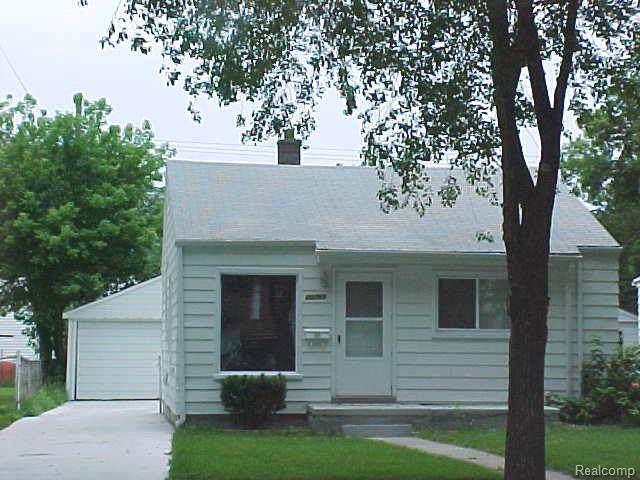 20765 Atlantic Avenue, Warren, MI 48091 (#219082076) :: RE/MAX Classic