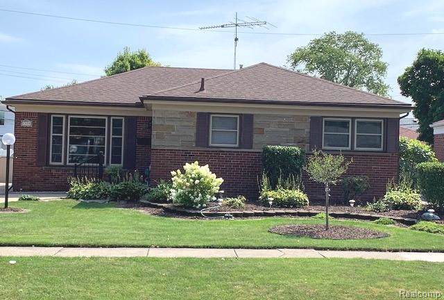8979 Fox Avenue, Allen Park, MI 48101 (#219083331) :: Alan Brown Group