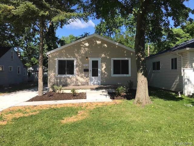 5642 Harding Street, Dearborn Heights, MI 48125 (MLS #219083364) :: The Toth Team