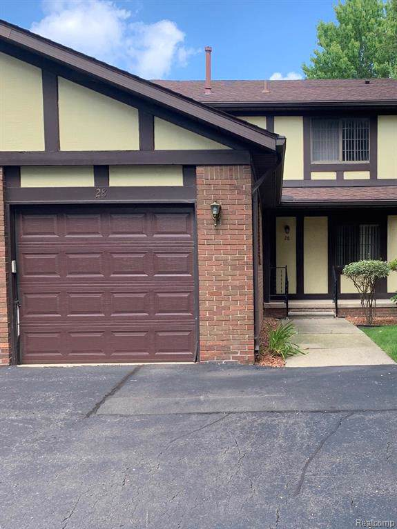 28 Parkplace Central, Allen Park, MI 48101 (#219084474) :: Alan Brown Group