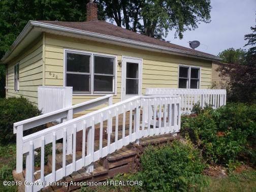 620 Forest Street, Eaton Rapids, MI 48827 (#630000240017) :: The Mulvihill Group