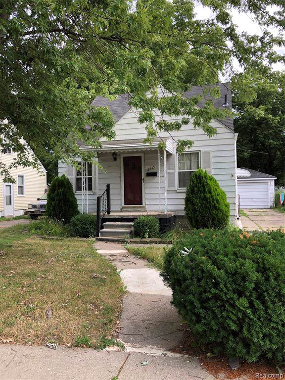 19645 Washtenaw Street, Harper Woods, MI 48225 (#219085707) :: The Buckley Jolley Real Estate Team