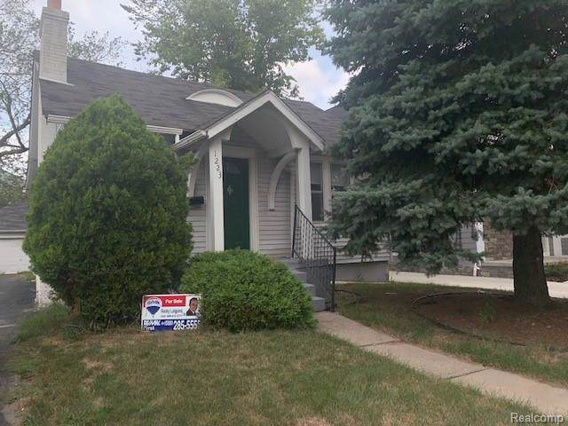 1223 Holland Street, Birmingham, MI 48009 (#219085727) :: RE/MAX Classic