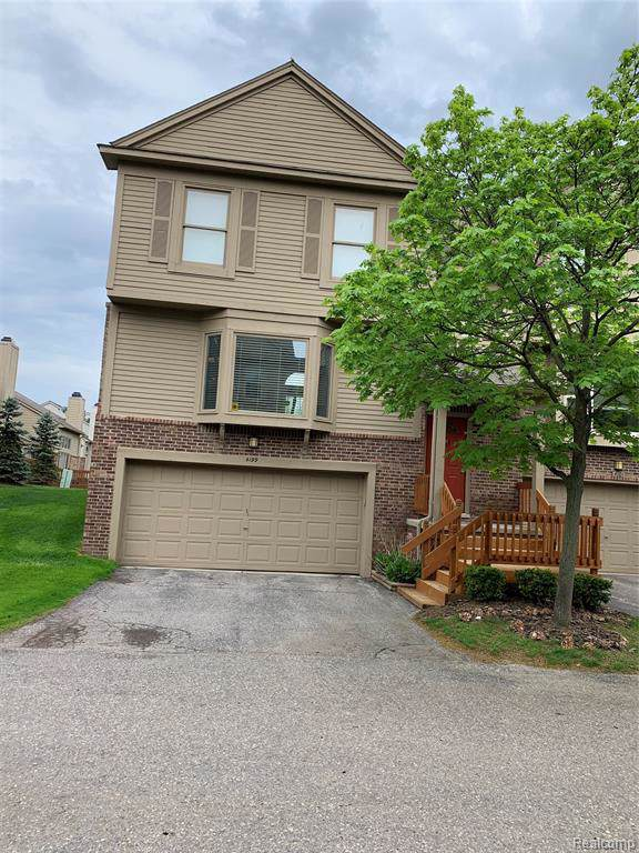 4199 Breckenridge Drive, West Bloomfield Twp, MI 48322 (#219087274) :: RE/MAX Nexus