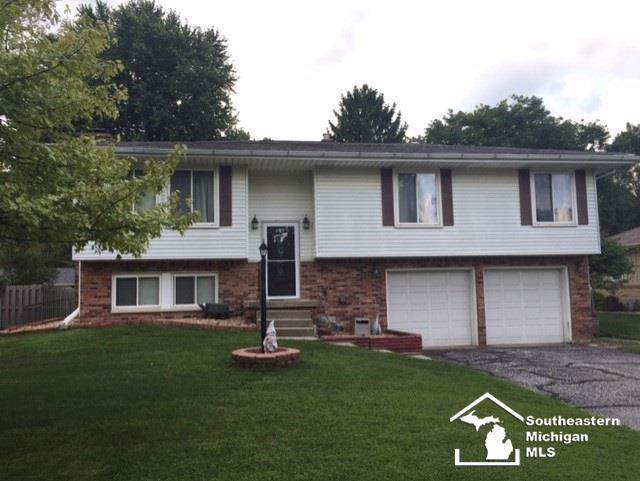 7563 Chapelview, Bedford Twp, MI 48182 (#57031392093) :: The Mulvihill Group