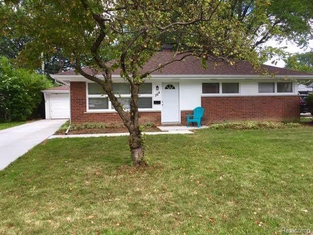 104 Kenyon Drive, Troy, MI 48083 (#219087380) :: Keller Williams West Bloomfield