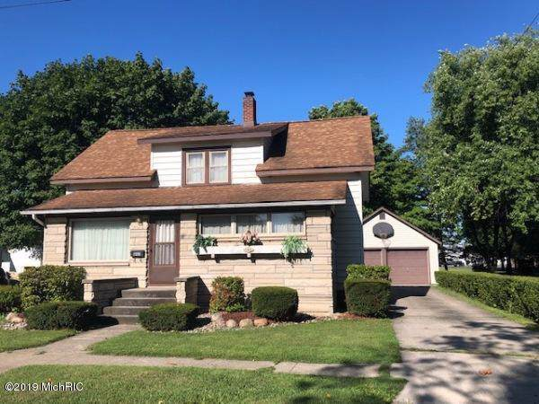 140 S Lincoln St, CITY OF BRONSON, MI 49028 (#62019041328) :: The Mulvihill Group