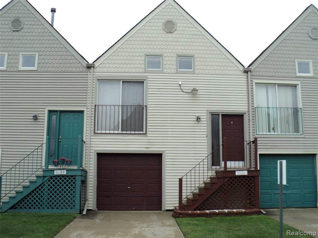 5631 Fox Hill St. - Photo 1