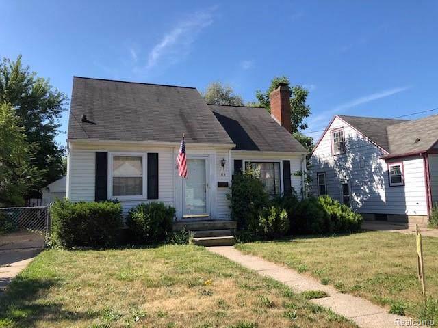1119 George Street, Lansing, MI 48910 (#219088930) :: The Buckley Jolley Real Estate Team