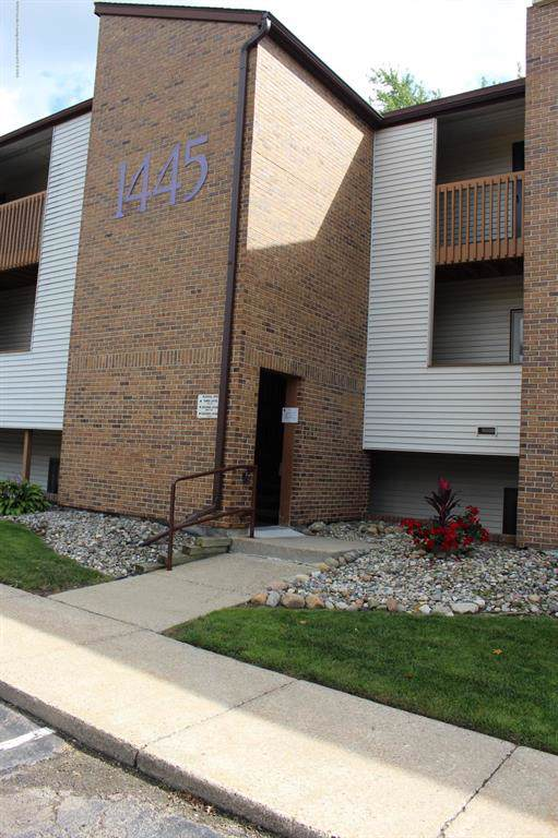 1445 E Pond Drive #33, Meridian Charter Twp, MI 48864 (#630000240315) :: The Mulvihill Group