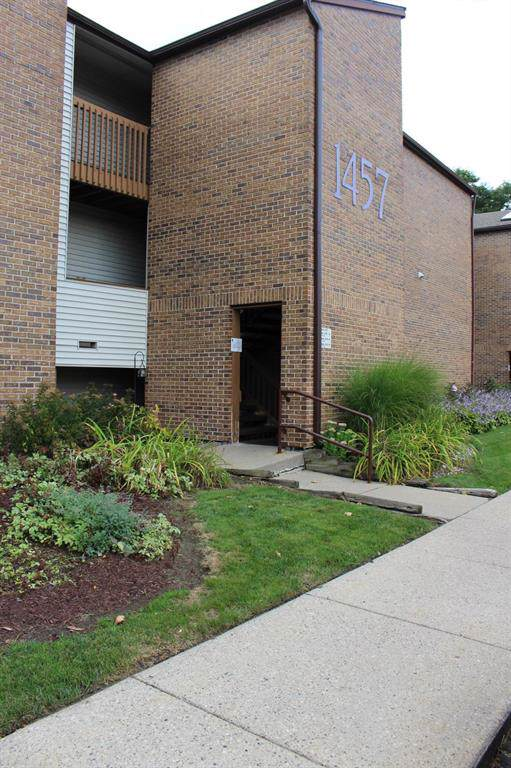 1457 E Pond Drive #23, Meridian Charter Twp, MI 48864 (#630000240316) :: The Mulvihill Group
