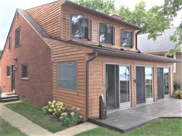 2934 Lakeshore Drive, Frenchtown Twp, MI 48162 (MLS #219093253) :: The Toth Team