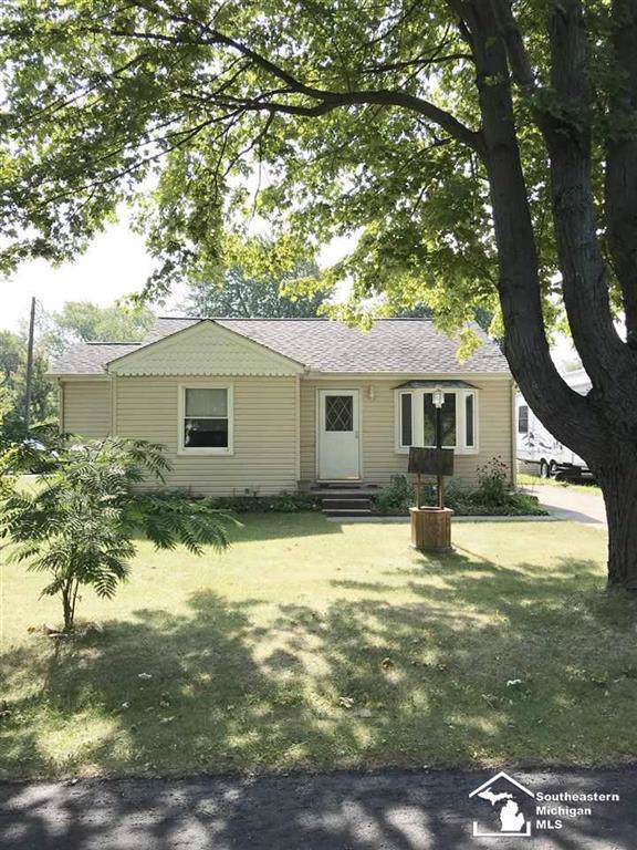 3258 Englewood, Frenchtown Twp, MI 48162 (MLS #57031394041) :: The Toth Team