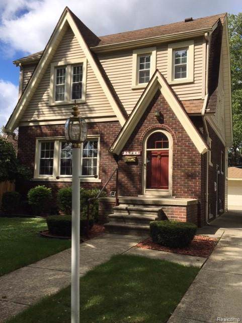 2944 Rosewood Street, Trenton, MI 48183 (#219094304) :: The Mulvihill Group