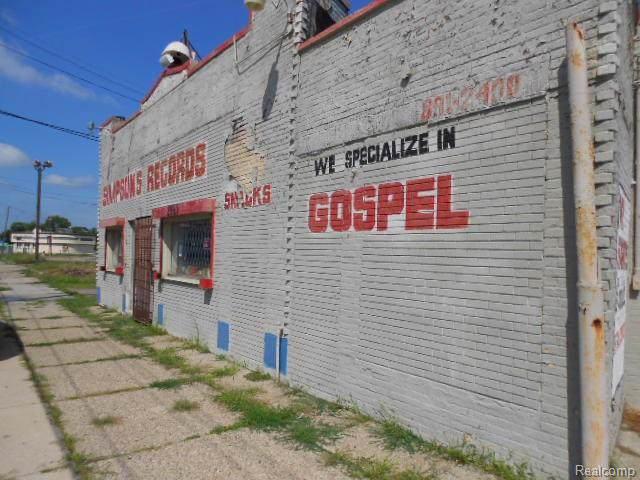 2961 E Mcnichols Road, Detroit, MI 48212 (#219094343) :: Team Sanford
