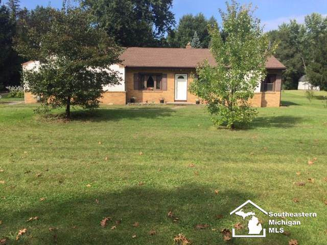 4270 Smith, Bedford Twp, MI 48144 (MLS #57031394491) :: The Toth Team