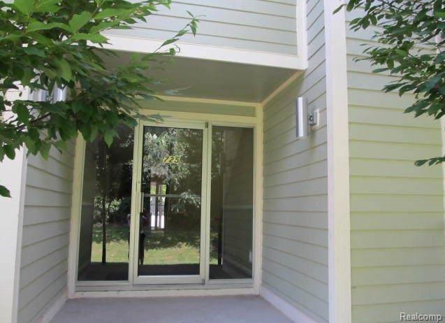 725 Randolph Street, Northville, MI 48167 (#219096082) :: GK Real Estate Team
