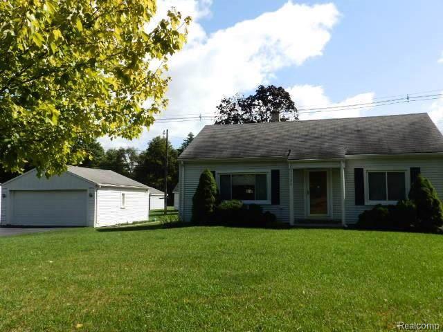 15570 Bradner Avenue, Northville Twp, MI 48170 (#219096268) :: The Mulvihill Group