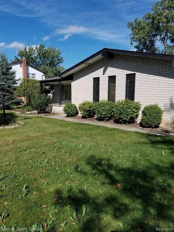 27072 Arden Park Circle, Farmington Hills, MI 48334 (#219096798) :: RE/MAX Nexus